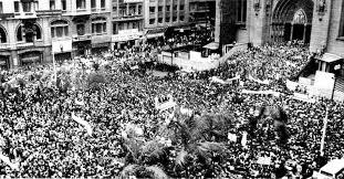 Resultado de imagem para Multidão protesta contra a morte de Vladimir Herzog