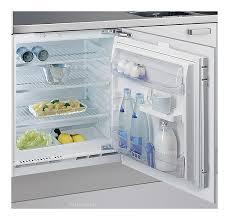 <b>Встраиваемый холодильник Whirlpool ARG</b> 585