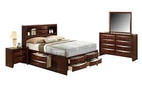 emily bedroom set light oak: crown mark emily bedroom set with queen bed nightstand dresser and mirror