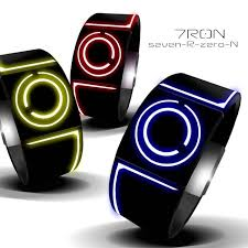 """20 best images about futuristic watches a well 7ron concept watch uses bio luminescent """"lightcycle"""" trails"""