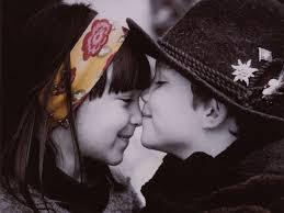 أسميتني سنيورة قلبك ♥ images?q=tbn:ANd9GcS