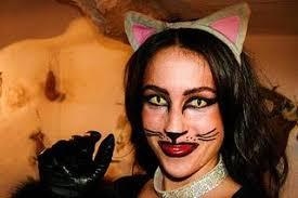 HALLOWEEN: I'm the black cat! - halloween-im-the-black-cat-L-cRKmOM