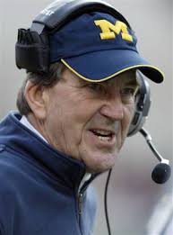 (Image Source: Lloyd Carr @ themajors.net) - lloyd-carr.jpg-9631