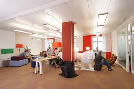 office atmosphere is very much alive and certainly not boring examples of his designs you can see below hopefully you can find inspiration and new atmosphere google office