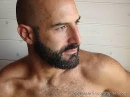 Bullige Männer - professioneller Fotograf, knackige Bilder von stämmigen und kräftigen Kerlen