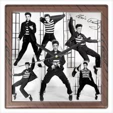 """Часы квадратные из пластика (под дерево) """"<b>Элвис Пресли</b> ..."""