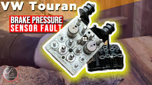 VW Touran ESP LIGHT ALWAYS ON | Brake Pressure Sensor Fault ...