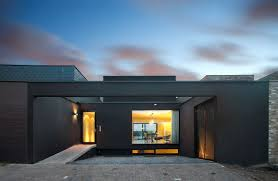 Three Floor House Design Disguised as a Single Storeythree floor house design disguised as single storey