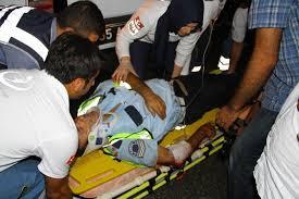 Samsun'da kazaya müdahale eden polislere minibüs çarptı