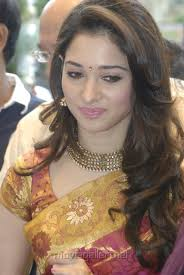 Tamil Actress Tamanna inaugurates Kalanikethan Showroom at Anna Nagar 2nd Avenue, near Roundtana. - tamanna_launches_kalanikethan_showroom_anna_nagar_chennai_6b522d5