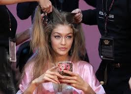 <b>New</b> Dyson <b>Design</b> Could Be A <b>Hairbrush</b> That Dries And <b>Styles</b> ...