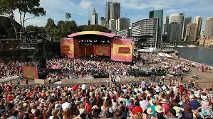 fans descend on Oprah House for Oprah Winfrey showsoprah sydney opera house