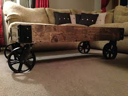 diy rustic pallet table diy rustic coffee table with wheels bedroomlicious shabby chic bedrooms country cottage bedroom