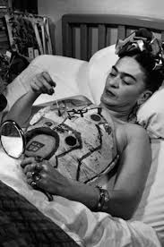 1000 ideas about Frida Karlo on Pinterest Frida Kahlo in 45 Vintage Photos Fubiz Media