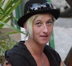 Über Uns : <b>Elke Bader</b> - Betty-1-von-1