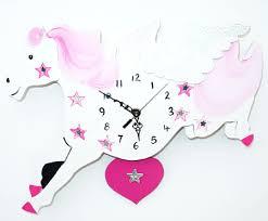 ساعات للاطفال images?q=tbn:ANd9GcS