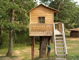 images about Treehouse Designs on Pinterest   Treehouse       images about Treehouse Designs on Pinterest   Treehouse  Tree Houses and Simple Tree House