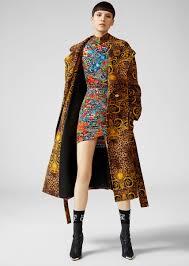 <b>Versace Jeans</b> Couture Бархатное <b>пальто</b> с принтом Leo Baroque ...