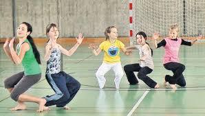 Unser Foto zeigt (von links) die Schülerinnen der Gruppe 5C: Eriola Xhoxhaj, Jessika Geißler, Anna-Maria Schömig, Annett Rempe und Laura Scheller. - 5ctanz