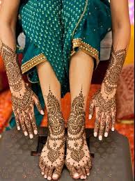 Image result for APPLYING HENNA BEFORE AUSPICIOUS OCCASIONS