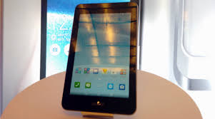 PHOTOS: First look: Asus PadFone Mini smartphone-tablet hybrid at ...