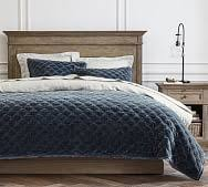 <b>Solid Color Quilt</b> | Pottery Barn