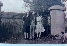 Doing A Line 1940s Style A Family Marriage A Silver Voice From