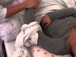 Уход за больными: смена рубашки в положении лежа - YouTube