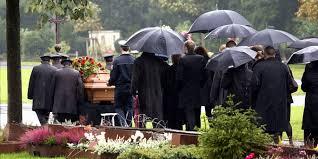 Bildergebnis für beerdigung photos