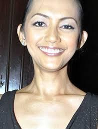 Ia mengaku sudah berusaha bersama sang suami, Erikar Lebang yang mempersuntingnya pada 29 Agustus 2002 lalu. Namun apa daya, baik Nina dan Erikar lebih ... - nina_tamam_1705