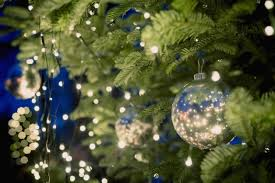 school bans the word christmas from fliers handed to kids school won t let kids see the word christmas but they can