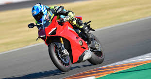 The 2018 <b>Panigale</b> V4 S Is The Fastest <b>Ducati</b> Superbike We've Ever