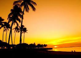 Hasil gambar untuk matahari tenggelam di pantai