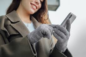Digits Touchscreen <b>Gloves</b> | Moshi