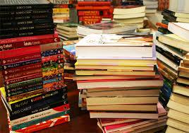 Resultado de imagem para fotos de livros