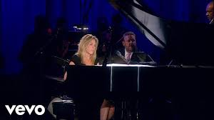 <b>Diana Krall</b> - Walk On By (Live) - YouTube