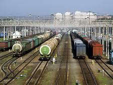 Погрузка на Свердловской железной дороге за <b>11 месяцев</b> ...