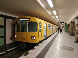 Ligne 8 du métro de Berlin