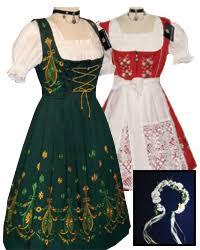 Dirndl, Lederhosen & Trachten Clothing for Oktoberfest