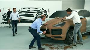 <b>Designing the</b> new <b>Porsche</b> Cayenne. - YouTube