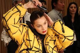 Как выбрать <b>расческу</b> и щетку по типу волос: подробная ...