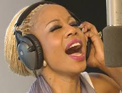 Kelly Khumalo on Top Billing Join Top Billing presenter, Ursula, as she gets to know what inspires this talented musician and we meet her gorgeous son, ... - kelly-khumalo-on-top-1371034099