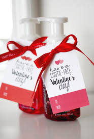 Valentine's Day Cootie Free Tags - Eighteen25