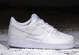 nike air force 1 07 lv8 white croc 02 air force crocodile white