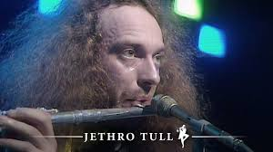 <b>Jethro Tull</b> - Living In The Past (Supersonic, 27.03.1976) - YouTube
