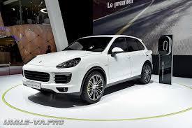 <b>Porsche Cayenne</b> выпустят в электрической версии | EVA