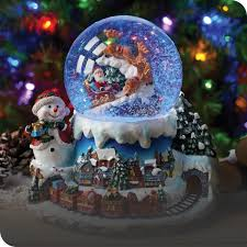 Christmas <b>Decorations</b> - Wreaths, Garlands & Tree Decor | The Range