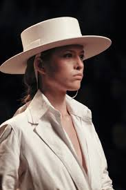 Sombrero de moda otoño invierno