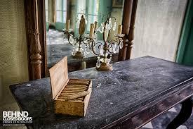 chateau de la chapelle cigars on the side table chateau de la chapelle belgium