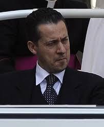 """Como si se tratara de una novela """"sensacionalista"""", a Paolo Gabriele """"ayudante de cámara"""" (mayordomo) de la Casa Pontificia le han localizado en posesión ... - 181005297-3cbf54e3-f9ad-4ace-b43b-95c73949c7a4"""